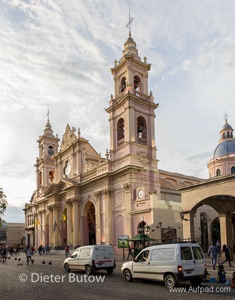 Argentina Quebradas_Coloured Mountains_Pumice Forms-18