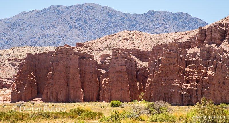 Argentina Quebradas_Coloured Mountains_Pumice Forms-4