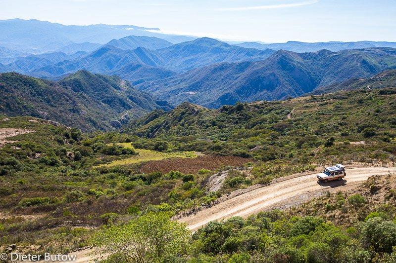 Bolivia-Ruta del Ché to Sucre-28