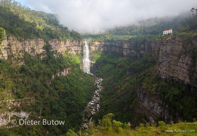 Col 3 Desierto de Tatacoa and the polluted Rio Bogota-125