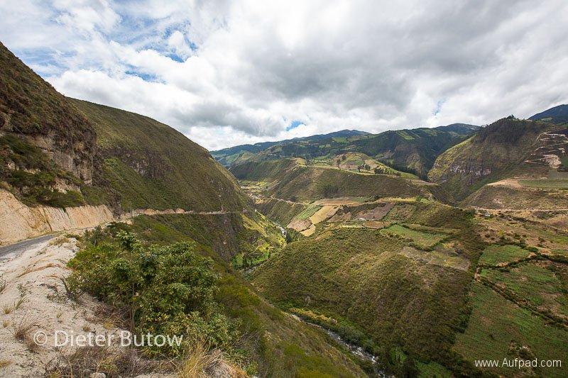 Ecuador Ibarra & El Angel & Gruta de la Paz-146