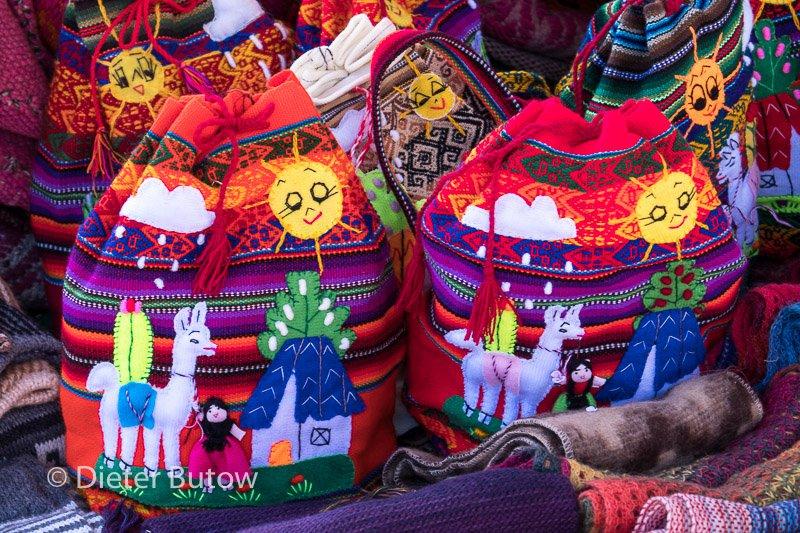 Peru Lago Titicaca Puno to Cusco-30